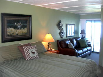 Beautifully renovated, comfortable rooms for your stay at LakeView Lodge in Harrison Idaho